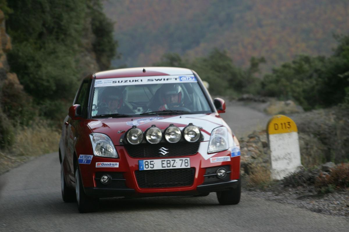 suzuki-swift-sport-rallye-cup-8