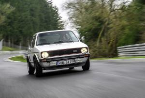 volkswagen-golf-gti-1600-3