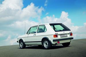 volkswagen-golf1-gti-1600-3