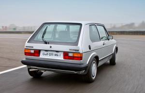volkswagen-golf-1-gti-1800-pirelli-21