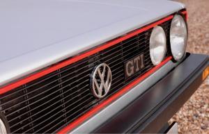 volkswagen-golf-1-gti-1800-pirelli-28