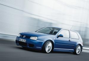 volkswagen-golf-4-r32-10