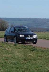 volkswagen-golf-4-r32-15