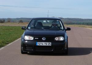 volkswagen-golf-4-r32-17