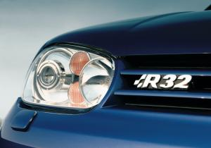 volkswagen-golf-4-r32-4