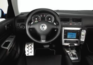 volkswagen-golf-4-r32-8