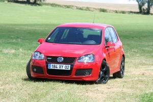 volkswagen-golf-5-gti-edition30-31