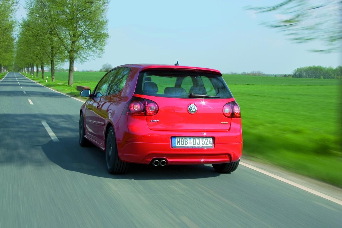 volkswagen-golf-5-gti-edition30-1