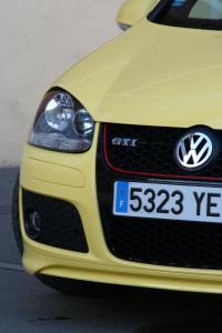volkswagen-golf-5-gti-pirelli-22