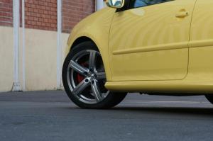volkswagen-golf-5-gti-pirelli-29