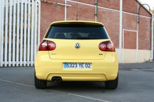 volkswagen-golf-5-gti-pirelli-31