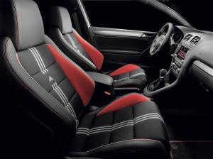 volkswagen-golf-6-gti-adidas-8
