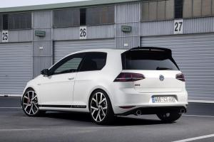 volkswagen-golf-7-gti-club-sport-17