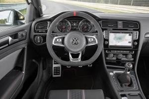 volkswagen-golf-7-gti-club-sport-21