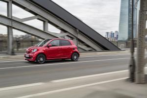 smart-forfour-brabus-w453-3